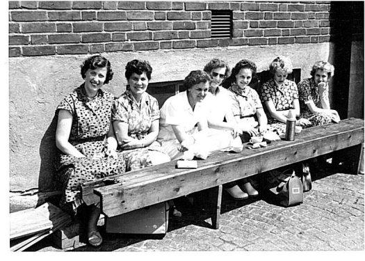 Lunch på Asp-Holmblad 1958 i korsningen Nobelvägen/Agneslundsvägen|Foto: Arkivbild