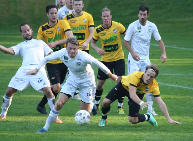 Det var ett ordentligt tryck mot IFK:s mål den sista kvarten|: Gerd Persson
