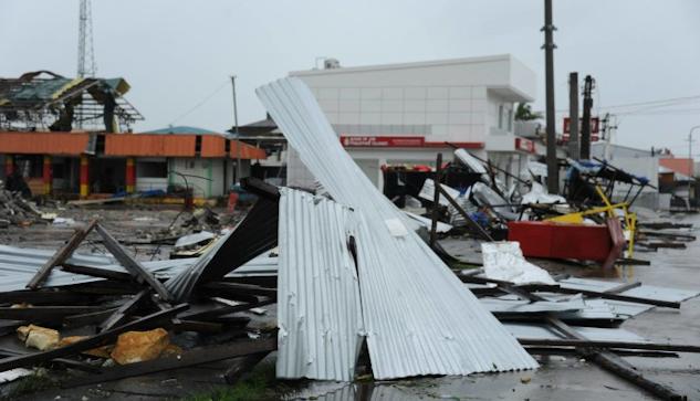 Tyfonen Hagupits härjningar på Filippinerna|