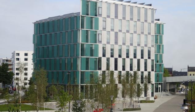 Kristallen, Kommunhuset i Lund. Nu sätts geniknölarna på prov därinne.
